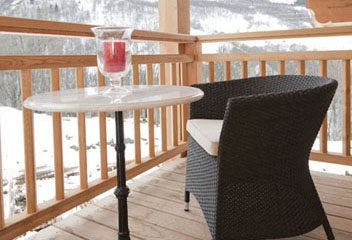 St Martin Ski Chalet: Drinks on the Balcony